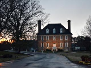 WILLIAMSBURG {1BR Condo} Historic Powhatan Resort, Williamsburg