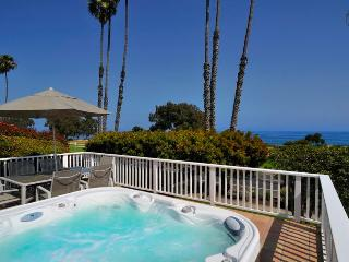 Mesa home with rooftop patio and ocean views is steps from Shoreline Park - SB Oceanview, Santa Bárbara