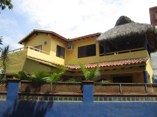 Casa Febrero -Tranquil and Private 3 Bedroom House, Sayulita