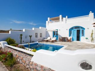 Zephyros Villa, sea view, private pool, Santorin