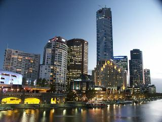 Southbank Melbourne - Location! Location! Walking distance to everything