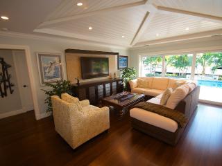 Spectacular Open Floor Plan Overlooking Pool & Lounge Areas...