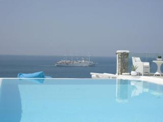 MYKONOS SEA VIEW LUXURY VILLA-SWIMMING POOL