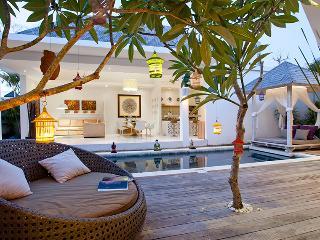 PROMO -33%OFF Le Chloe Magic Trip Villa 3 bedrooms, Seminyak
