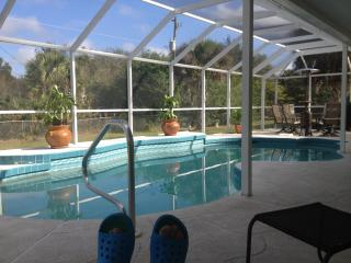Private heated saltwater pool home! Summer special, Port Charlotte