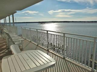 Bahia Vista I 408 - Waterfront Near Boardwalk!