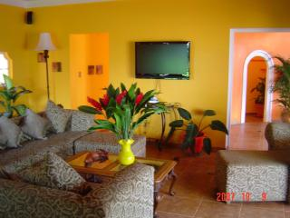 Classic Elegance - 5 Bedroom Villa in Montego Bay