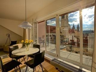 City View Apartment - beautiful views of Prague
