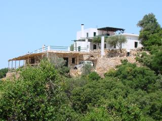 Agrotourism holidays on Skyros island, Greece, Skala Oropou