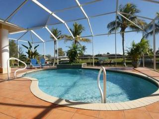 Villa Florida – Canal Front with Boat Dock, Cape Coral