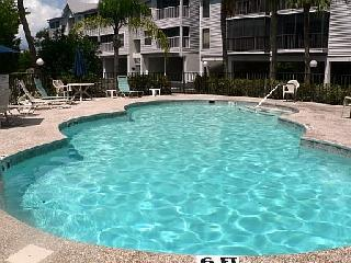 Pool area with heated pool (November to April)
