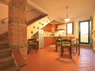 Tuscan Vacation Rental at Tre Cipressi House
