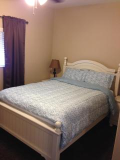 Bedroom with queen-size bed with super comfortable memory foam mattress