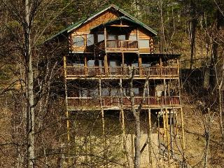 887 Cabin on High, Gatlinburg