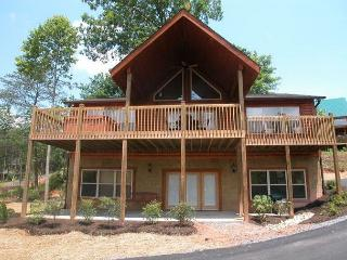 1715 Black Bear Lodge, Gatlinburg