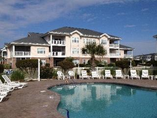 Great 1BR near broadway with pool, sleeps 6., Myrtle Beach