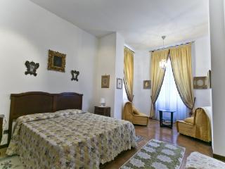 CR656Rome - Vatican Beautiful Family Apartment