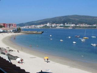 Quiet, Bright,centrally Situated On The Beach, Cee