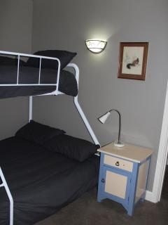 Spare Bedroom with tri-bunk