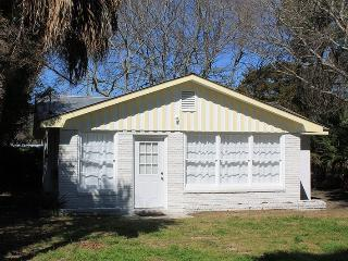 #1513 2nd Avenue - Small Dog Friendly - FREE Wi-Fi, Isla de Tybee