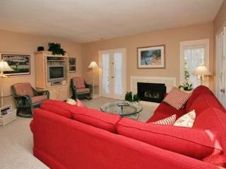Evian 132, 3 Bedrooms, Tennis, Pool, Private Patio, Shipyard Plantation, Hilton Head