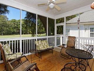 Links 11A, 3 Bedroom, Golf Vew, Pool, Near Beach, Sleeps 8, Hilton Head