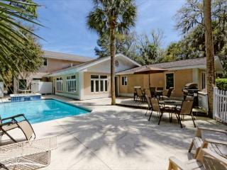 Myrtle Lane 1, 5 Bedroom, Private Heated Pool & Spa, Game Room, Sleeps 12, Hilton Head