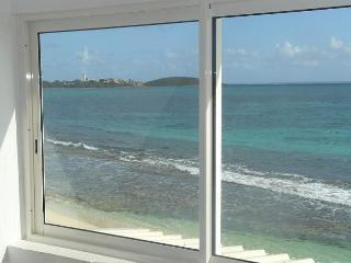 Waterfront Studio at Nettle Bay Beach Club