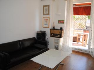 MIcasa 2 (Central St.) yours short stays in Milano