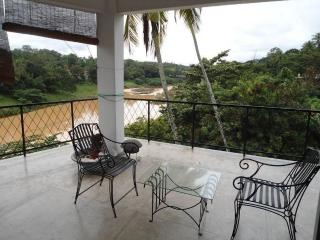 Waterfront 2Bedroom First Floor Serviced Apartment, Kandy