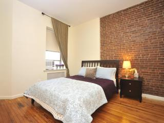 *GALAXY* Magnificent Spacious 2 Bedroom Apartment!, New York City