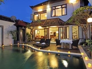 Luxury Private Pool Villa, rented as 2 - 5 Bedroom, Ubud