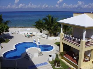 The BEACH HOUSE on the CARIBBEAN SEA, Cozumel