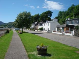Glayva Luxury Holiday Cottage, Lochcarron