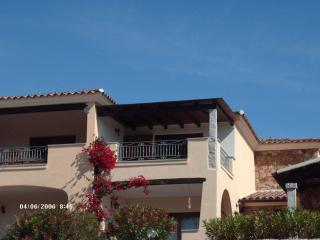 Beautifully furnished villa with wonderful sea views situated 1km from some of Sardinia's best beaches, San Teodoro