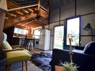 The Loft @ Oyster Beach - on 14 private acres, Eureka