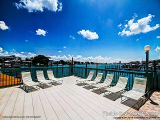 Dockside Condos 200 Bayfront | 3 Bedrooms 2 Baths | Heated Pool, Clearwater