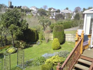 House with large garden nr helford estuary/falmout