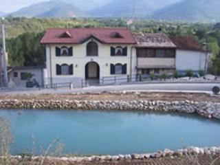 Rural Italian Villas -1 1/2 hours east of Rome, Sulmona