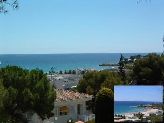 Spacious apt.seaview,4min walking to beach,pool., Tamarit