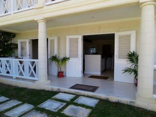 "Sion Hill Plantation: 2 Bedroom ""Skipper's House"", St. James"