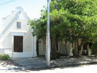 Birds Nest Guest Cottages, Beaufort West