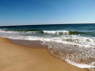 Huge beach home in N. Bethany