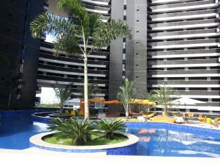 Paisagem do condomínio sobre a praia de 903t3, Fortaleza