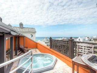 Penthouse condo in downtown Rosemary Beach with private elevator, rooftop deck, hot tub, and ocean views - Antigua Penthouse, Seacrest Beach