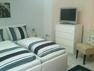 Apartment #1M, Fuldatal