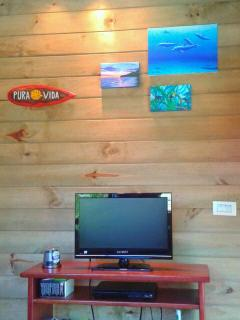 TV corner with satellite TV