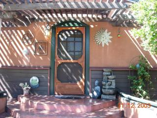 Beautiful Lake View Home/Novel Attractions Close, Escondido