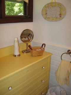 Lower right room bathroom