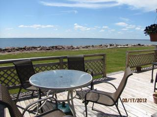 Cottage on Beautiful Baie Verte in Upper Cape, New Brunswick, Bayside